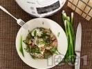 Рецепта Пилешки хапки с броколи, гъби печурки, арпаджик и заквасена сметана в Делимано Мултикукър